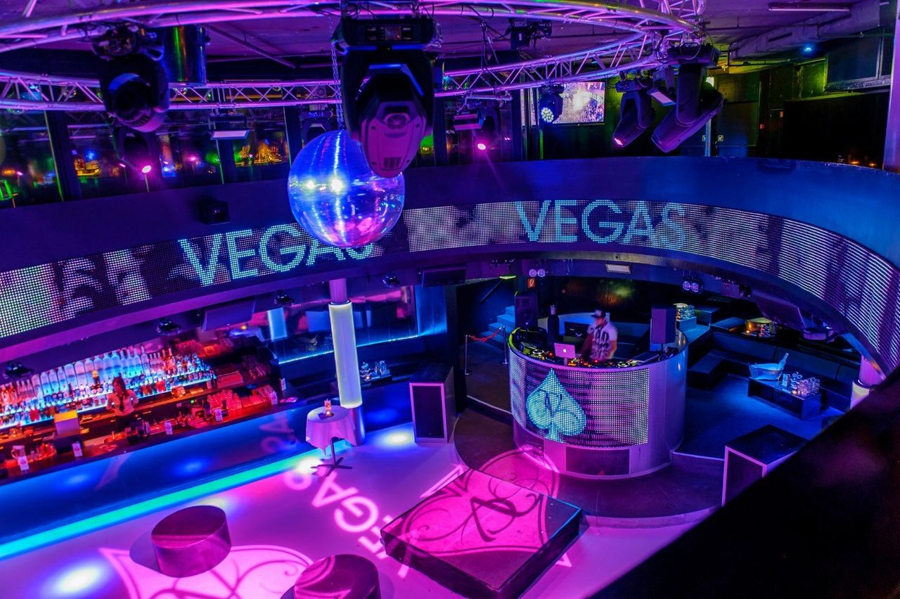 Vegas Club