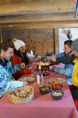Romoos: Naturbad und Fondue