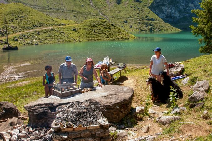 Bannalp Dwarves Trail barbecue spot, Wolfenschiessen
