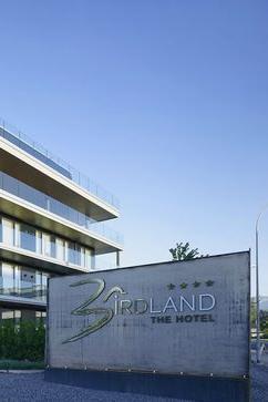 BIRDLAND - The Hotel