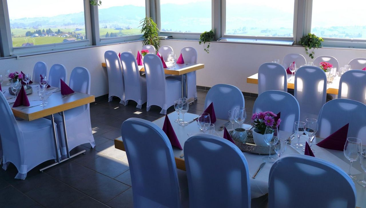 [Translate to English:] Panoramarestaurant «Top of Einsiedeln»