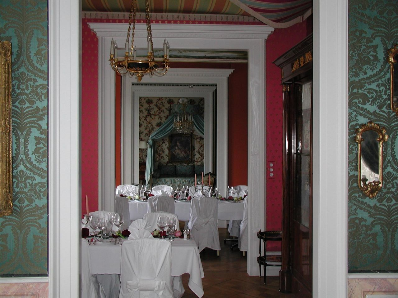 Jugendstil apartment of interior designer Beat Studer