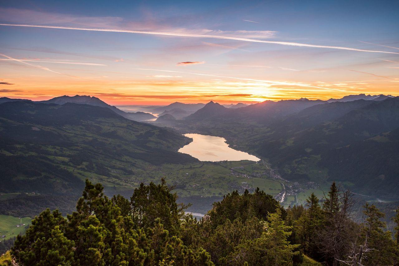 Sagenhafte Naturwanderung mit Sonnenaufgang