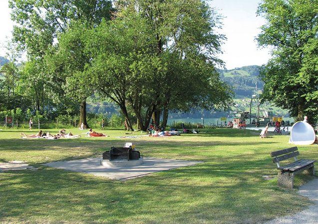 Aawasseregg barbecue spot, Buochs