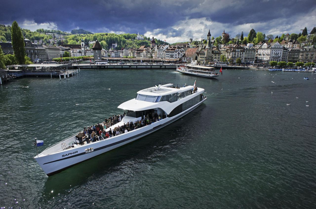 Panorama-Yacht Fahrt