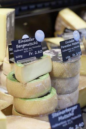 Einsiedler Joghurt & Käse
