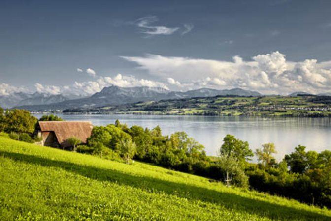 Lake Sempach circular path