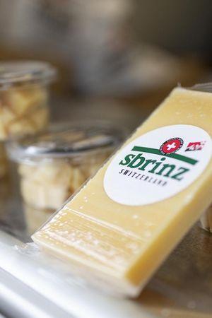 Führung durch das Sbrinz Käselager