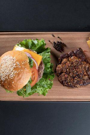Wolf - Burger & Steak Bar