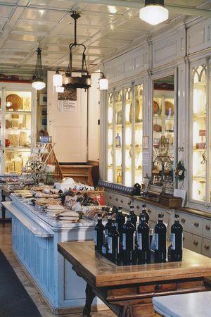 Goldapfel, Schafbock and Gingerbread Museum – Einsiedeln