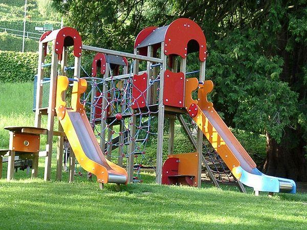 Spielplatz im Gemeindehaus-Park