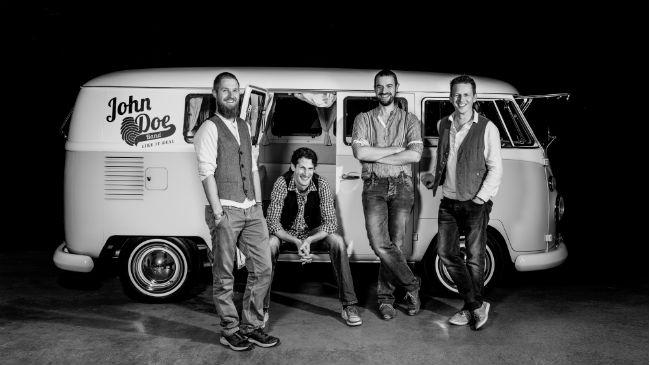Summer Sounds Lakeside Weggis - John Doe Band in Concert