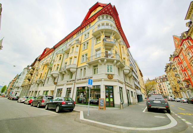 LU Verdi III - City HITrental Apartment