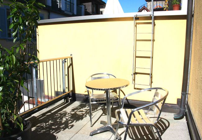LU Moon IVb - Old Town HITrental Apartment