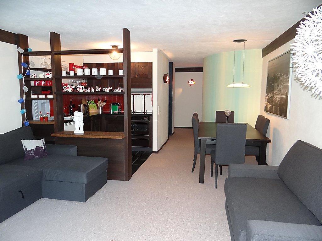 Holiday apartment Neuschwändi 5