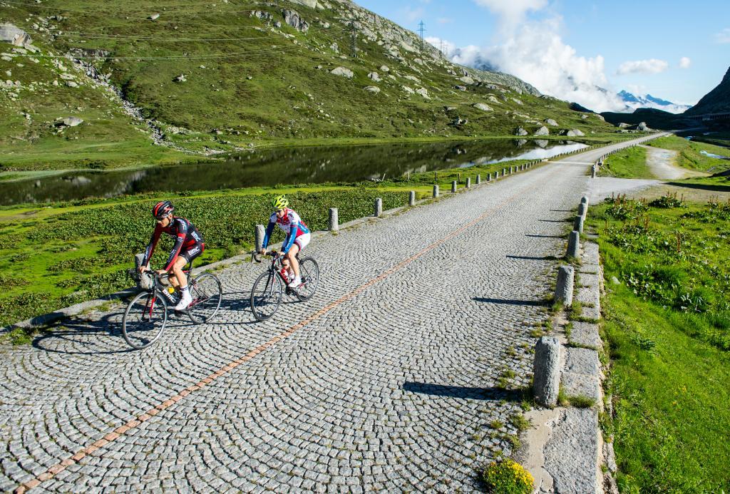 St. Gotthard Cycling Arena: Furka - Nufenen - Gotthard