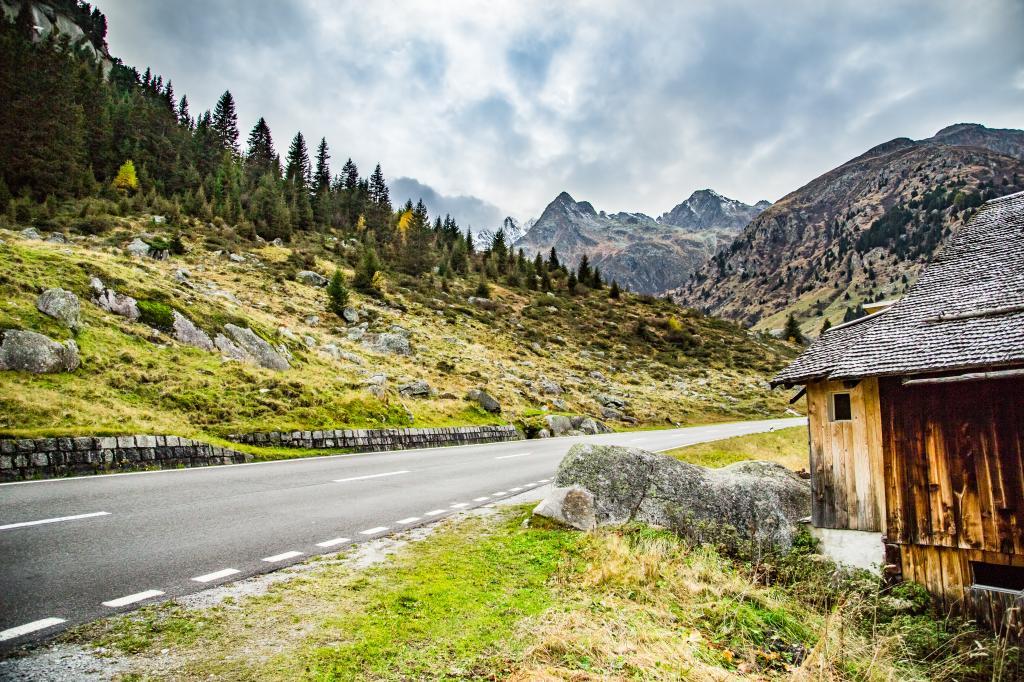 St. Gotthard Cycling Arena: Gotthard – Lukmanier – Oberalp