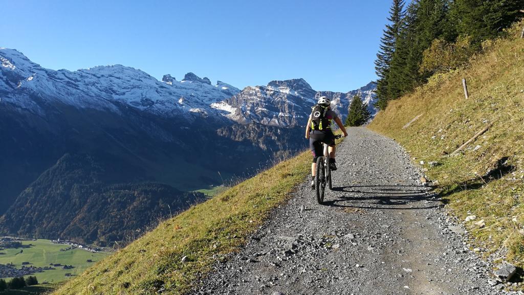 Biketour Brunnihütte