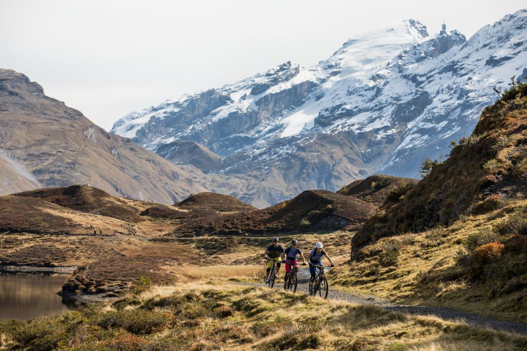 Tour des 4 lacs à vélo «Tour +» à Engelberg