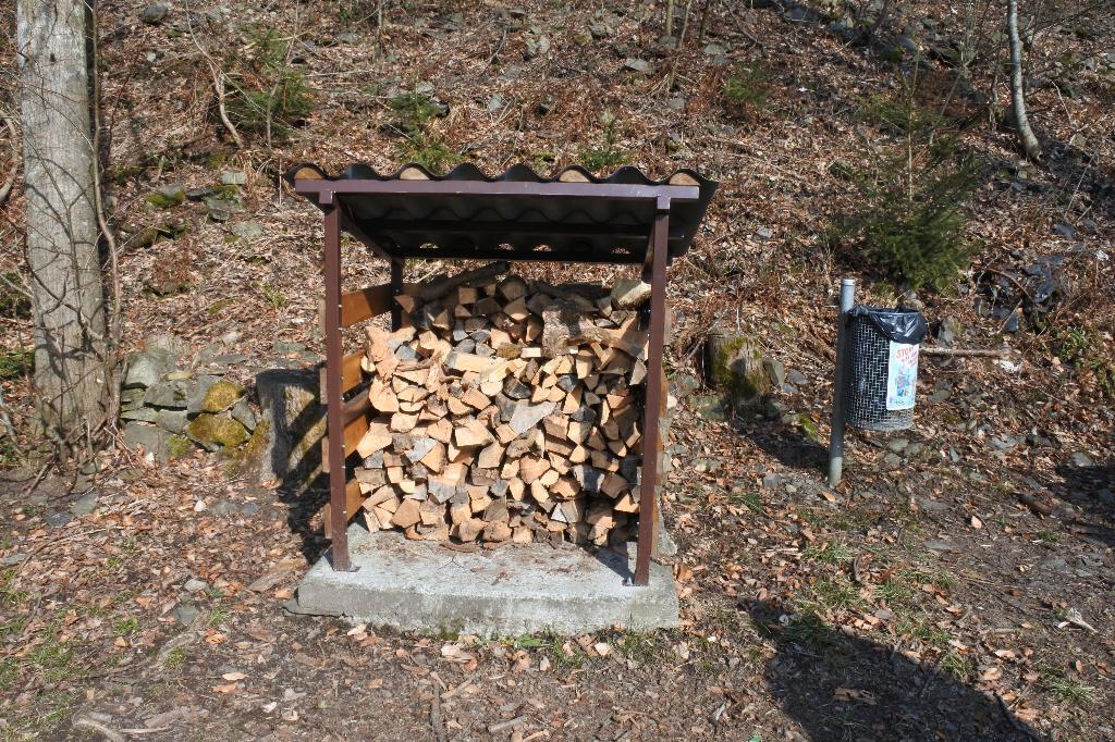 Feuerstelle Altdorf Moosbad