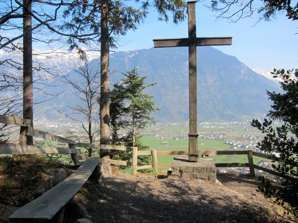 Feuerstelle Seedorf Aussichtspunkt Kreuz