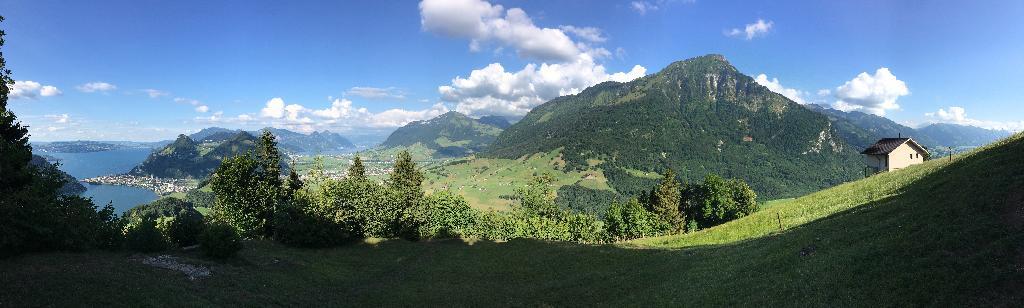Über den Mueterschwandenberg