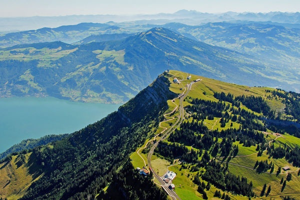 The Rigi Ridge Hike